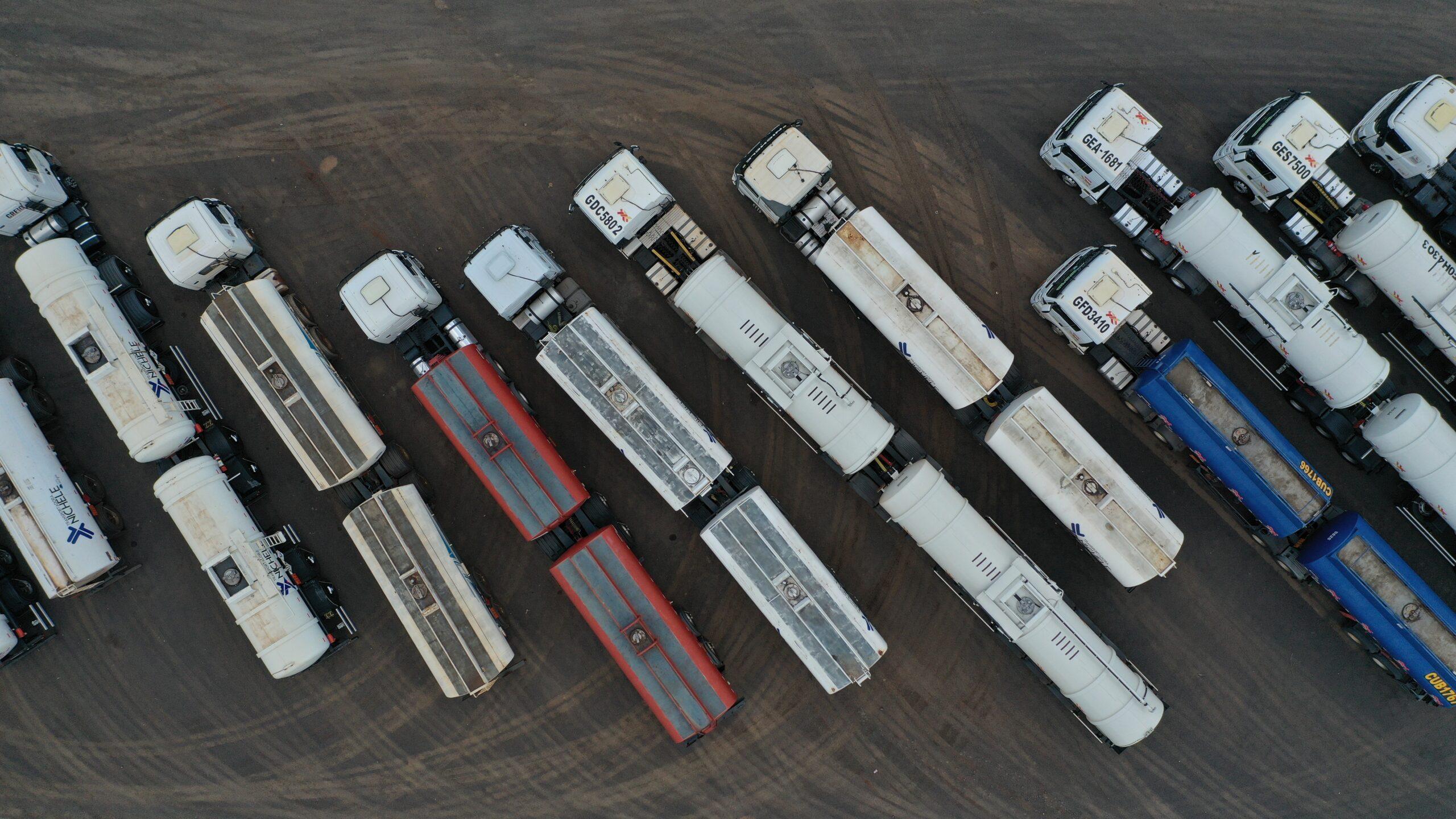 Belföldi szállítás kamionok